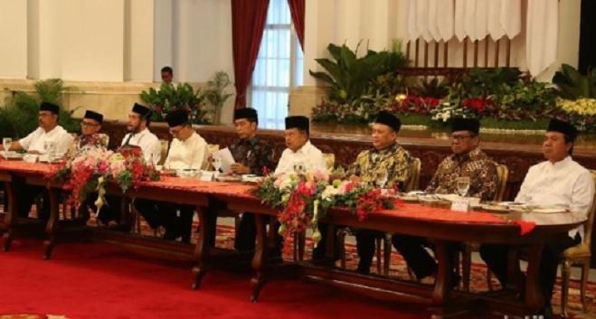 Jokowi Gelar Bukber Bareng Pimpinan Lembaga Tinggi Negara.
