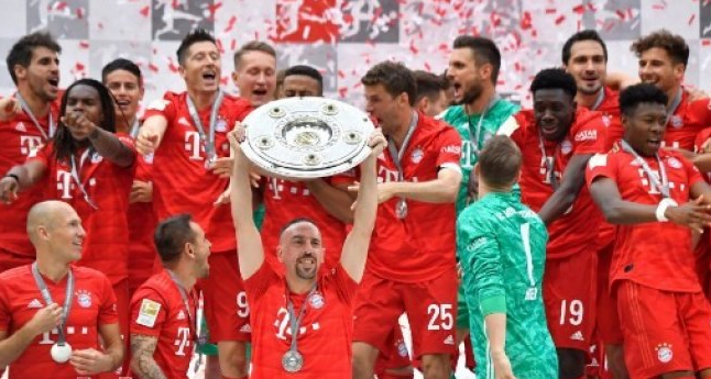 Bayern Munich juara Bundesliga 2018/2019.