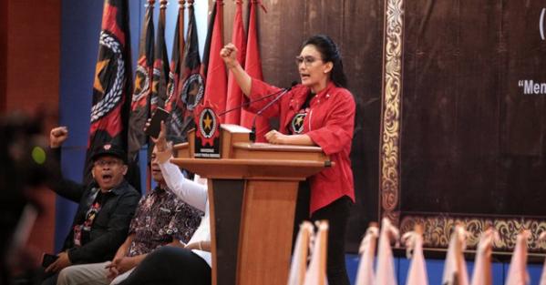 Ketua Umum KRPI Rieke Diah Pitaloka.