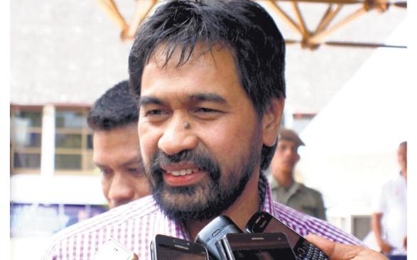Muzakir Manaf.
