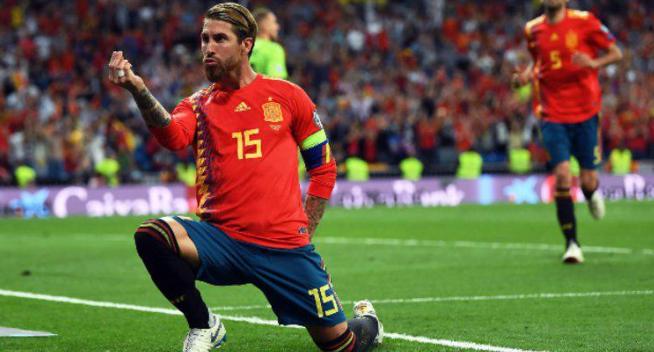 Selebrasi Sergio Ramos usai cetak gol lewat kotak finalti.