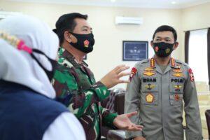 Panglima-TNI-dan-Kapolri-Pimpin-Rapat-Bersama-Gugus-Tugas-Covid-19-Madiun