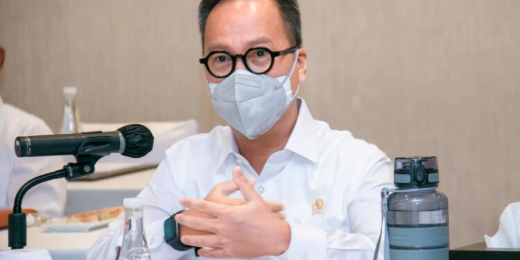 Menteri Perindustrian Agus Gumiwang Kartasasmita pada acara webinar internasional tentang Peluang Industri Indonesia terkait Isu Global Chip Shortage